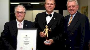 Bundeswirtschaftspreis geht an Dr. Walser Dental
