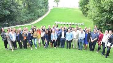 世界牙科论坛(DTI)全球出版合作伙伴在柏林共商未来的出版策略