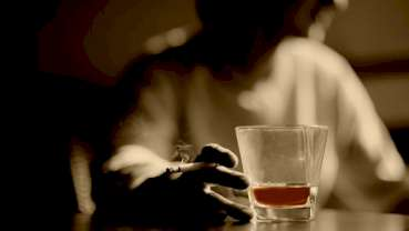 Dentists central to tackling alcohol abuse