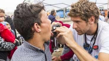 德科研人员调查境内难民的口腔健康状况