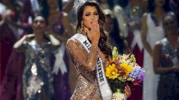 Iris Mittenaere, an aspiring dental student from Paris crowned Miss Universe 2016
