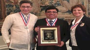 "Dr.Mahesh Verma receives ""Elmer S Best Memorial Award""during FDI in Madrid"