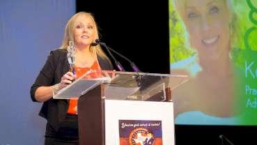 AADOM presents Green Leader Award to Kelli Carter