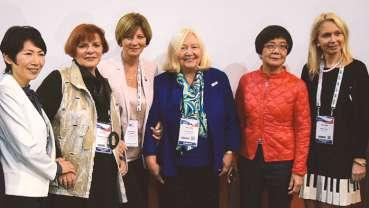 Žene stomatolozi iz cijelog svijeta zajedno na forumu na FDI kongresu
