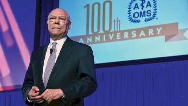 Gen. Colin Powell delivers keynote at 2018 AAOMS meeting