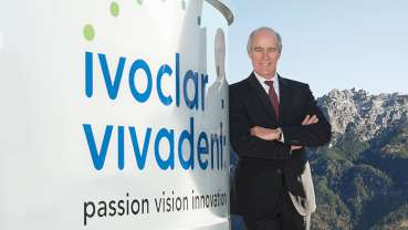 """He is truly a visionary"": Ivoclar Vivadent CEO Robert Ganley recognized for his service"
