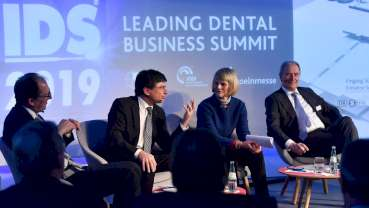 IDS 2019: Предизвикателството да бъдеш като Давос за денталната медицина