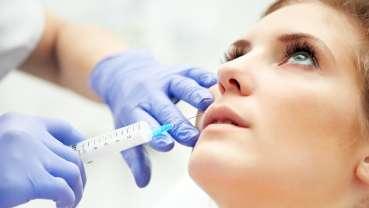 """Medycyna estetyczna – dentysty kontrolowany """"skok w bok"""""""