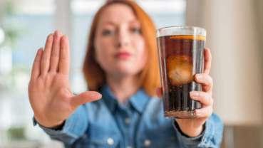 Podatek od słodzonych napojów ma wpływ na ich zmniejszone spożycie