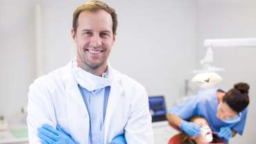 English dentists to receive above-inflation pay raise