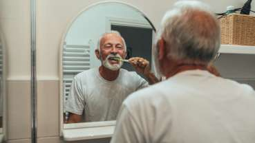 Oral health of particular importance to elderly, study shows