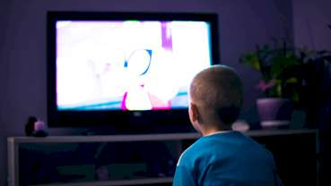 Television watching habits may influence oral health, study finds