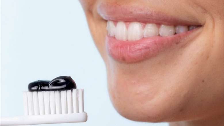 Aktif Kömür İçeren Macunlar Dişlere Zarar Verebilir
