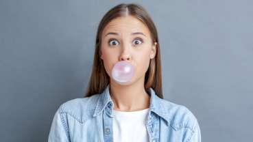 Study finds chewing gum could help fight dental caries
