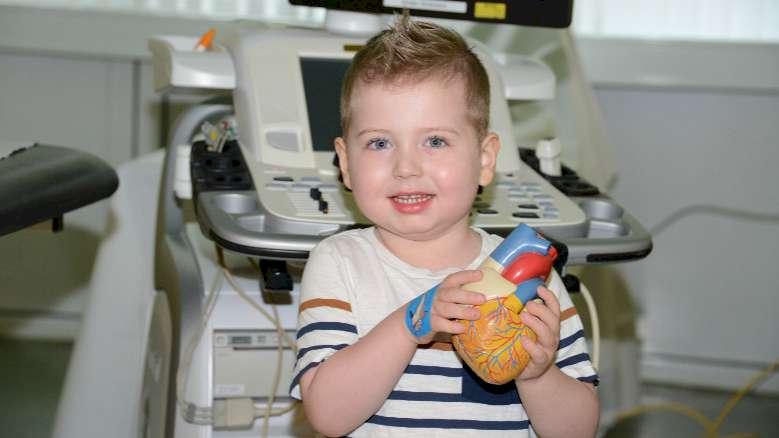 Dreijähriger Junge erhält Spenderherz